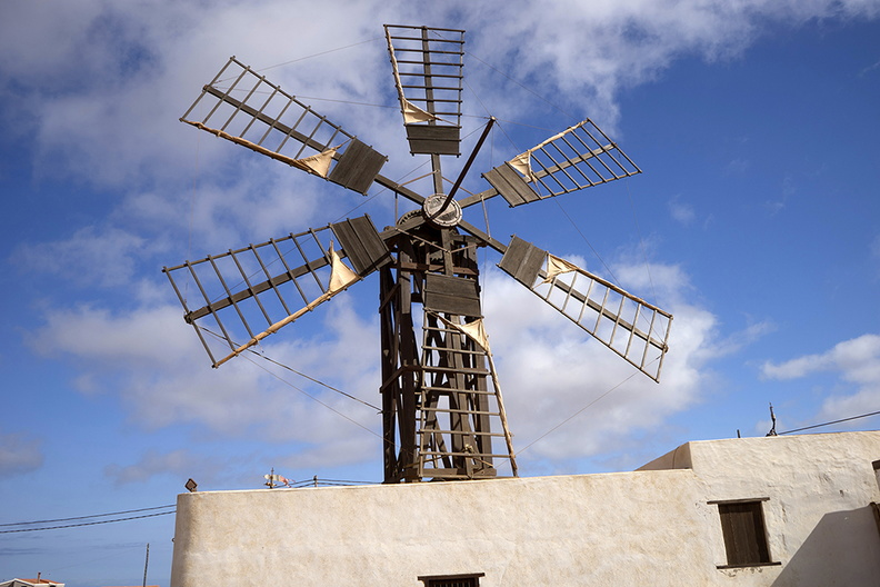 windmill_in_spain.jpg