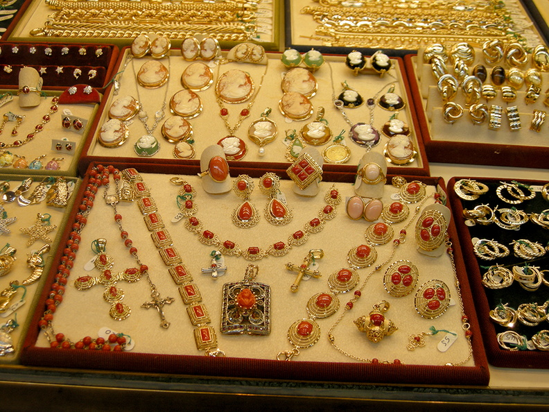 coral_and_gold_jewelry.jpg