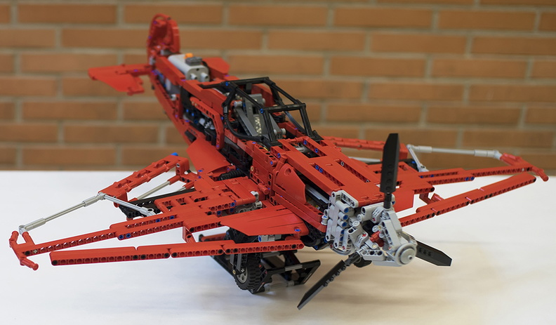 red_lego_airplane.jpg