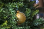 Gold bauble Christmas tree