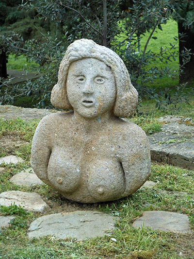 sculpture_nude_woman.jpg