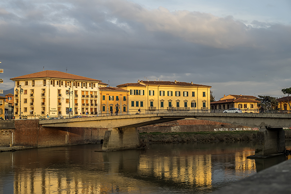 arno_river_bridge.JPG