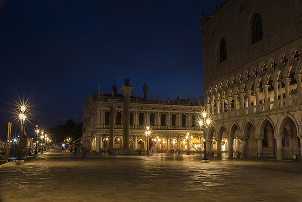 st_mark's_place_venice.JPG